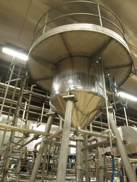 Производство молока в кооперативе