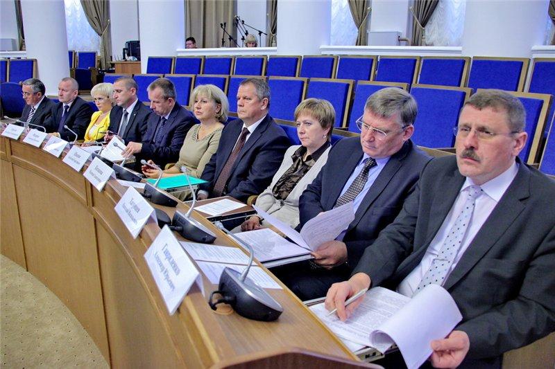 Новгородское правительство решает вопрос о развитии потребительской кооперации в области