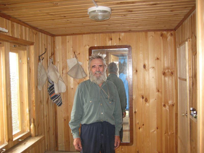07.3 Как опытный парильщик, Геннадий Данилович даёт инструктаж